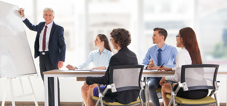 10 tips for running a successful sales meeting