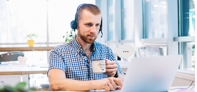 How a help desk ticketing system benefits customer service
